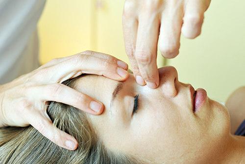 Scranio-Sacral-Theraphie - Behandlungsmethoden Physiopraxis Antosik