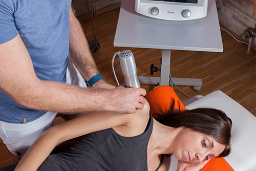 Stoßwellentherapie - Behandlungsmethoden Physiopraxis Antosik
